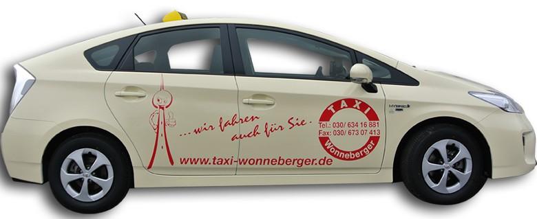Hybrid-Taxi von Toyota Prius im Einsatz – Wonneberger fährt Öko-Taxi in Berlin